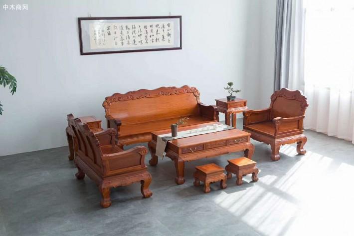 缅甸花梨木沙发五件套的价格要根据缅甸花梨木的产地来定