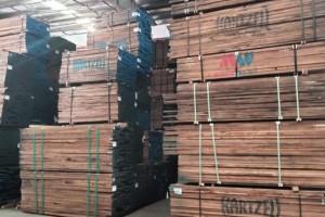 上海德美加木业专业批发零售美国阔叶木烘干板材