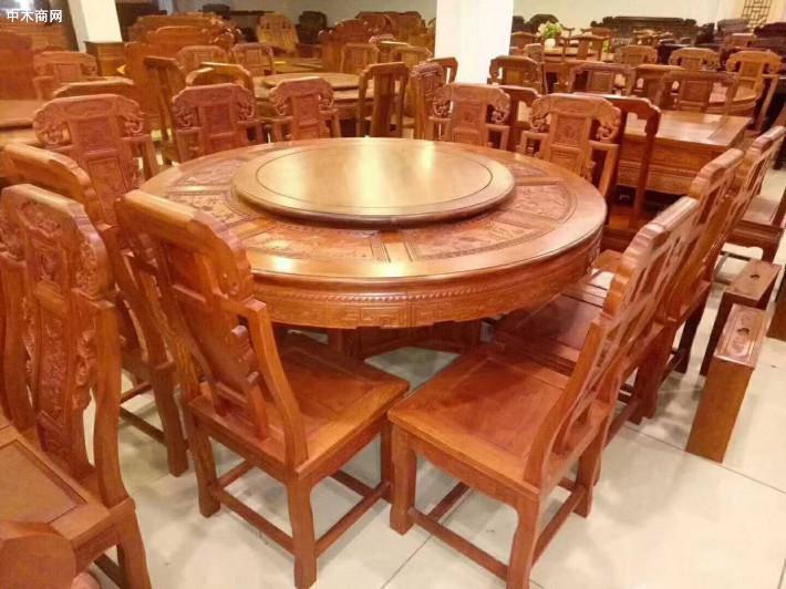 缅甸花梨木圆餐桌十一件套适用范围最强