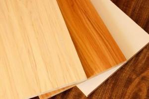 2018年我国人造板饰面专用原纸企业的总销量约112.2万吨