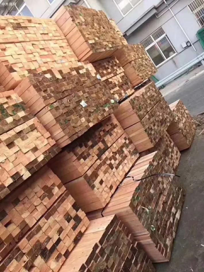 创秋木业是一家国内外优质木板材的木材加工企业