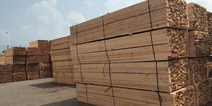 建筑木方在建筑工程上的用途是: