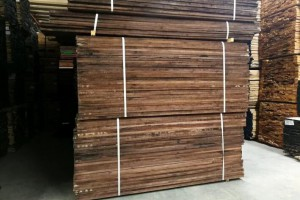 第一季度美国框架木材交易在严重的不确定性中结束