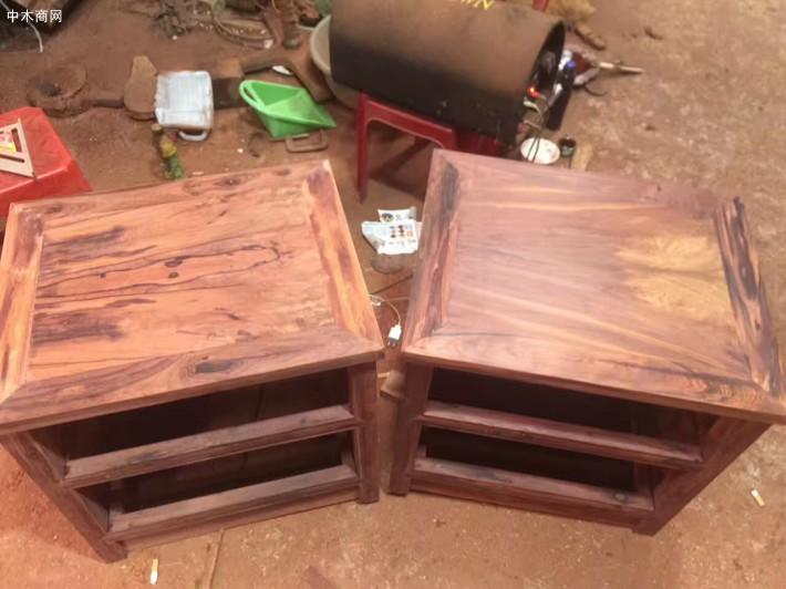 红木家具白酸枝大床带床头柜厂家价格