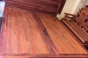 红木家具白酸枝大床高清图片