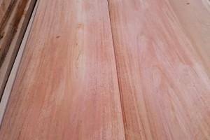 印尼桃花心木板材厂家批发价格