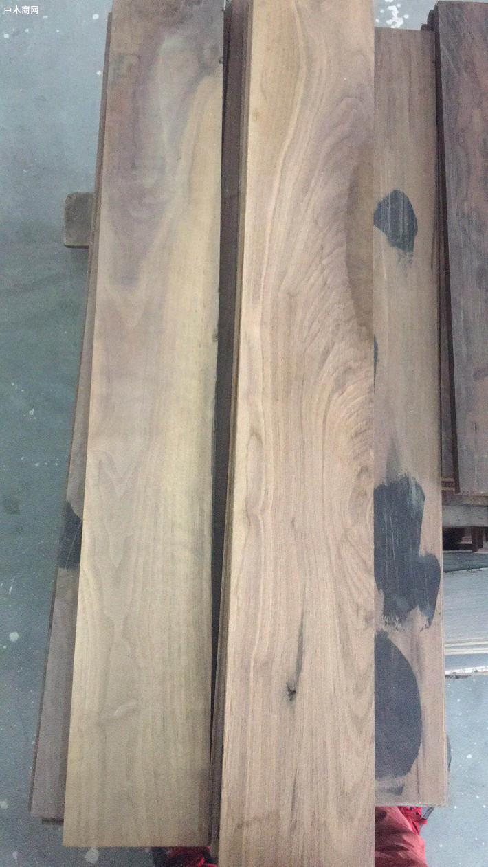 求购国产核桃木板材,要求单面无节特级材,长度2米及以上