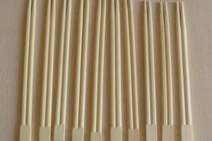 日本从不砍树,只用中国木材做一次性筷子,15年后现状如何?
