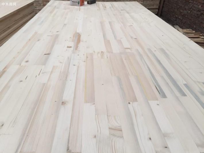 指接板是实木集成板