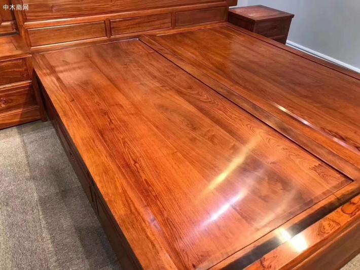 福建省莆田市仙游县上艺红木家具厂是一家专业生产销售红木家具的品牌企业