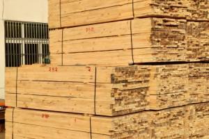 辐射松、澳松、花旗松、铁杉、落叶松、白松等等建筑工程木方,包装箱板,托盘