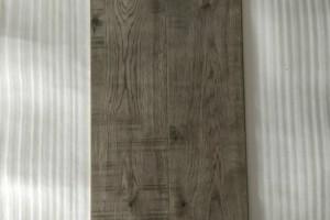 仿古灰色强化地板瑜伽馆美容纤体连锁机构10mm光面复合木地板