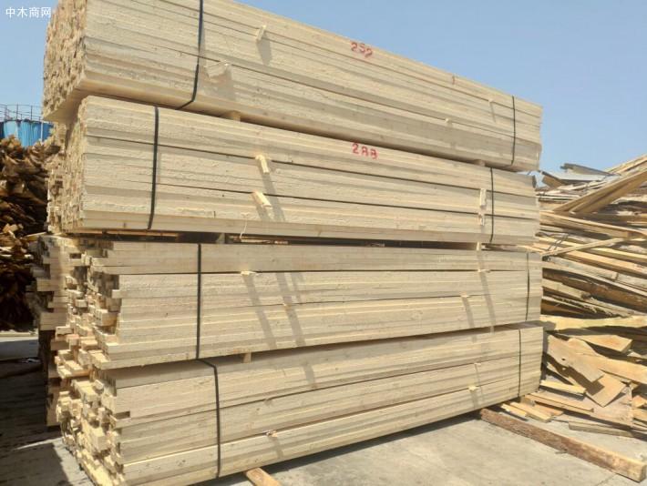河池罗城森旺木业公司起火 无人员伤亡