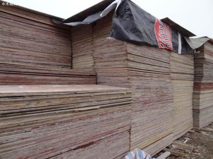 旧建筑模板大量出售