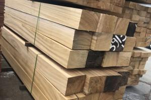刚果菠萝格防腐木板材高清图片欣赏