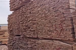 满洲里三发木业桦木烘干板高清图片