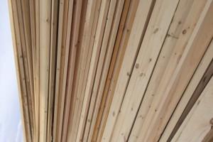 各种规格樟松白松床板料30*100 125 150