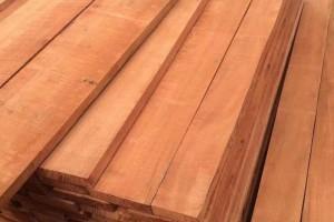 采购:海棠木板材,规格:2.2米一3米,1.5分一8分板材