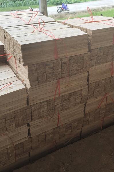 杉木板的缺点是:硬度差