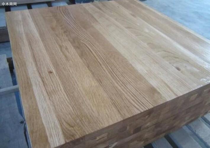 使用情况:由于白橡木的出产量一般,需百年以上方可成材