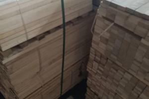 桦木刨光材安吨出售