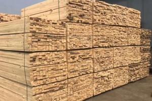 江苏镇江沪兴木业出售铁杉建筑木方,规格齐全