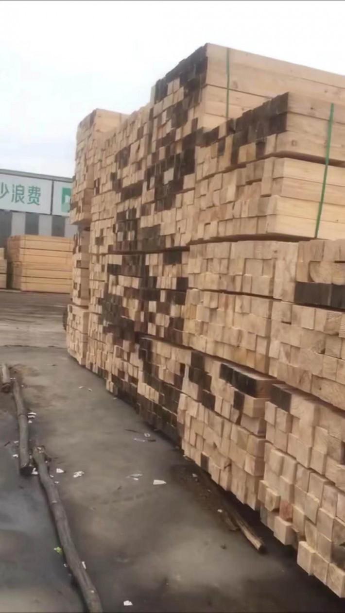 建筑木方特点 龙骨松小木条 量大从优 美国花旗松批发