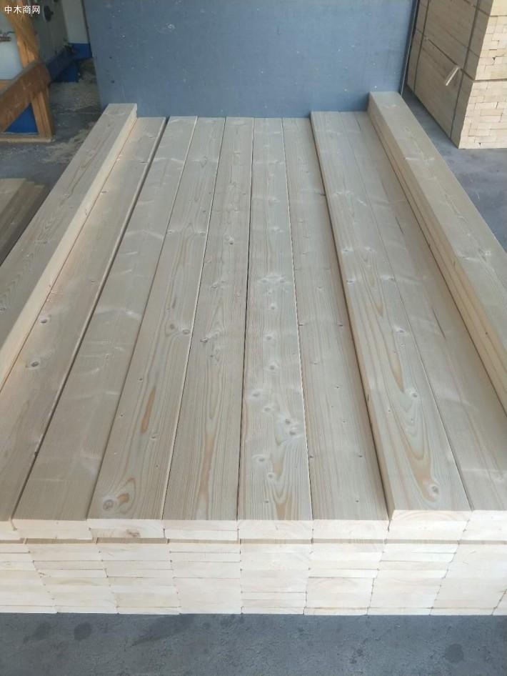 为什么松木做床板不好?制作床板该用什么材料呢?