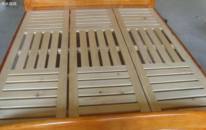 松木在板材方面松节也比较多