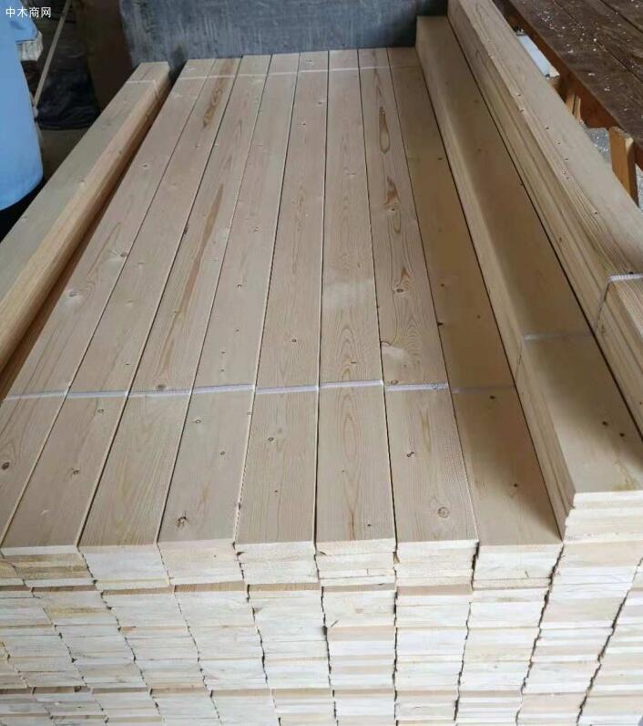 专业加工生产床板,床档,建筑木方,工程木方,沙发板,桑拿板和挂板