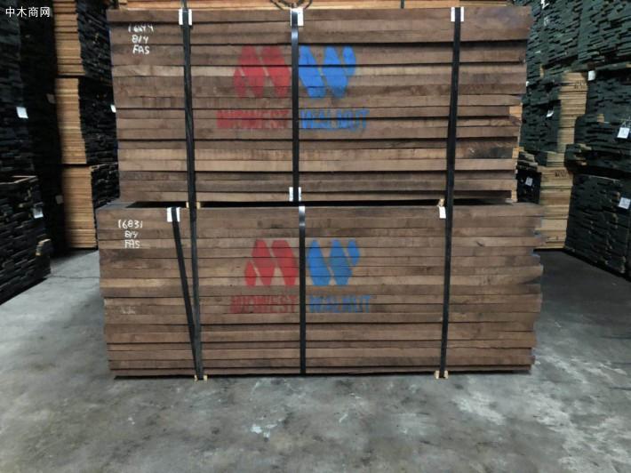 河南商丘安平镇7月1日前散乱污木材厂立即停止生产