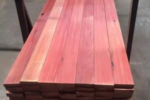 菠萝格 柳桉木巴劳木防腐木木材加工