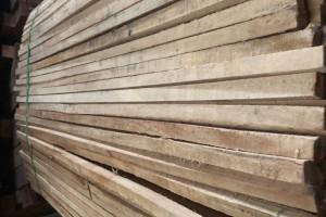 泰国橡胶木30*30*1.3米方条