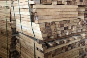 低价处理--越南橡胶木板材