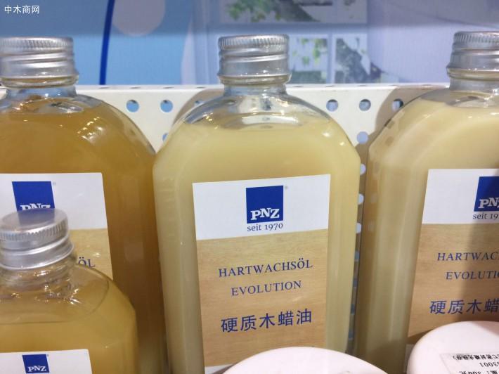 如果木材表面以前使用的是木蜡油