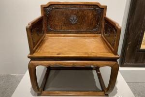黄花梨瘿木围子嵌紫檀椅,三木合一,琢木成器,可为禅椅可为宝座