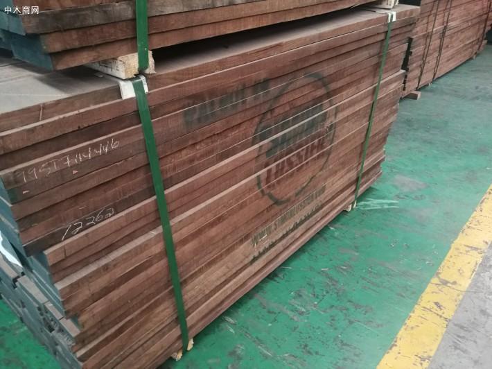 美国黑胡桃木板材,大量库存,低价处理