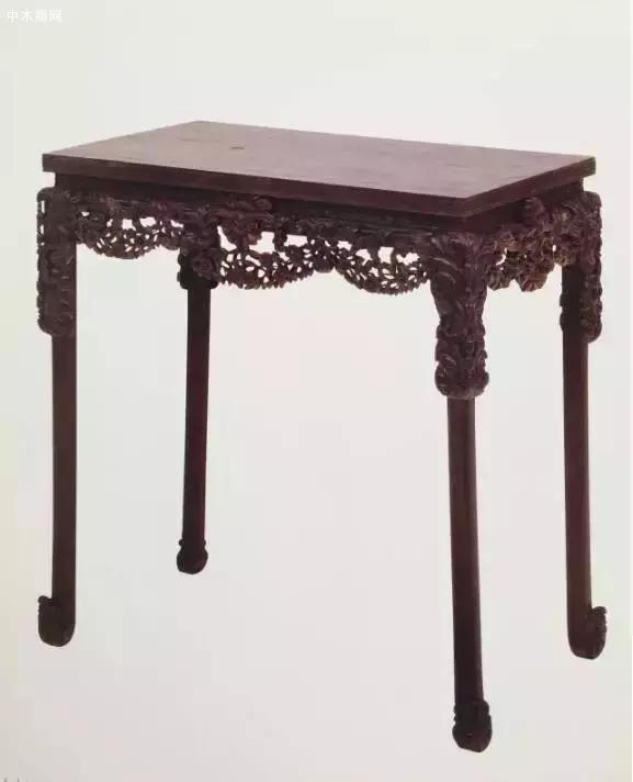 紫檀透雕西洋卷草花纹长桌