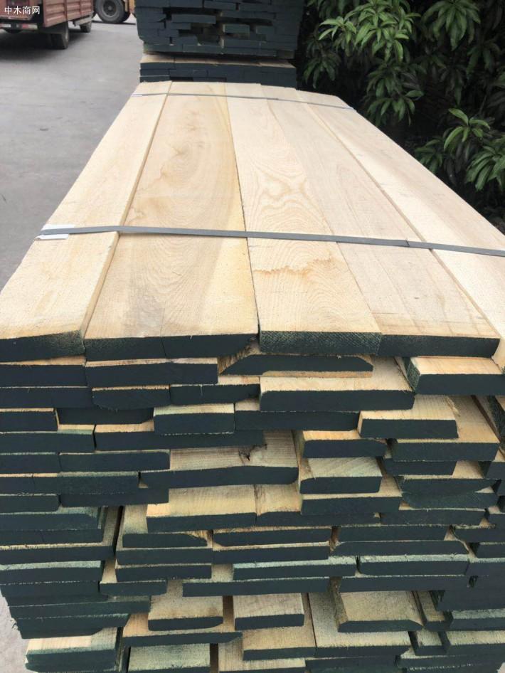 白蜡木板材做家具的优缺点