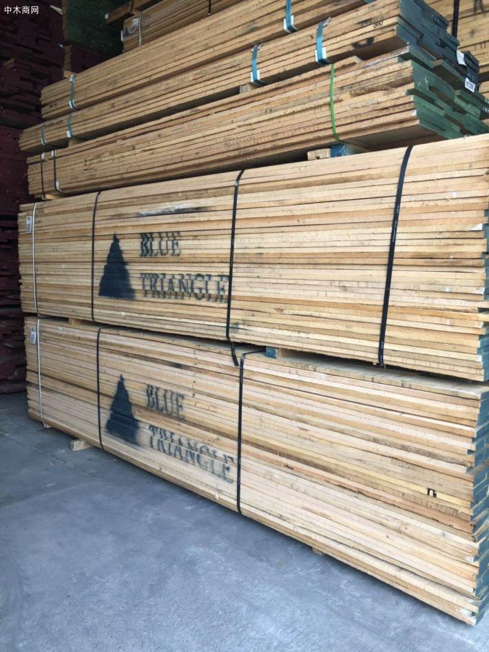 北美红橡木板材和白橡木板材的区别