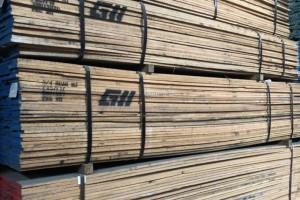 北美红橡木板材和白橡木板材价格