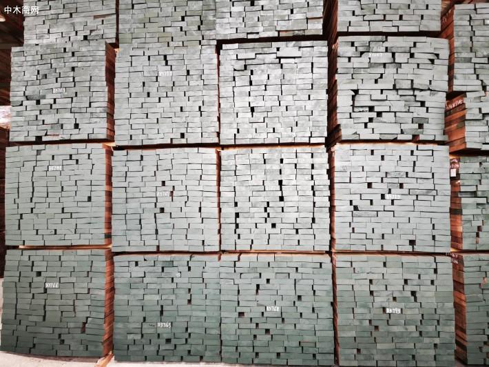 美国黑胡桃木板材厂家批发