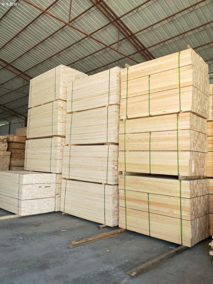 辐射松建筑木方厂家今日最新报价