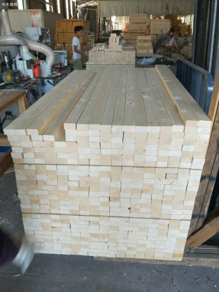 樟子松木板价格