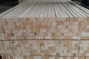 床板条用什么材料好,为什么松木做床板好