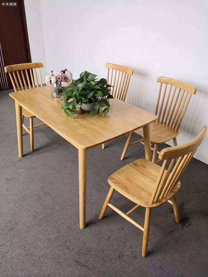 北欧橡木餐桌椅,儿童宝宝椅图片