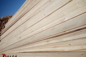 大量供应俄罗斯樟松定尺板材_板材价格_板材批发