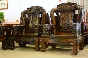 为什么广西东兴的红木家具便宜?