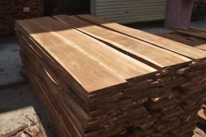 长期供应安哥拉紫檀(草花梨、红高棉)烘干板材