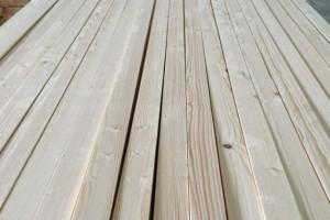 优质俄罗斯樟子松指接板,全无节,辐射松拼板,芬兰松齿接板,家具板材批发